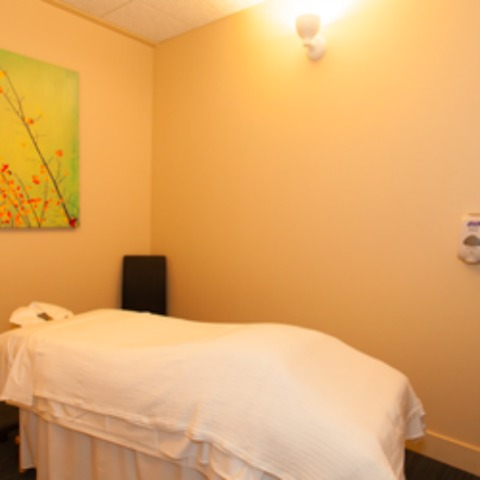 The massage room at Simcoe Health where my Vitamin Facial was administered