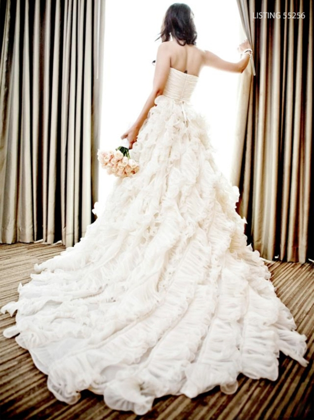 a gown listed on PreOwned WeddingDresses.com. Gorgeous!