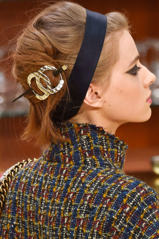 Chic Chanel hair accessories on the A/W 2015 runway